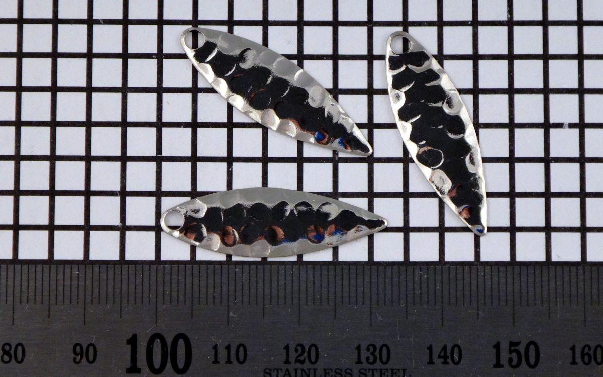 Křidélko díl lístek třpytka - Křidélko WILLOWLEAF velikost 3,nikl-kované